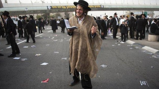 Orthodox Israeli Jews protest