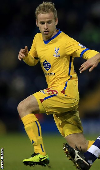 Crystal Palace midfielder Barry Bannan