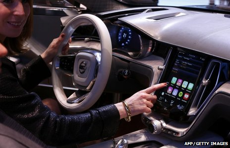 Apple unveils CarPlay iPhone system at Geneva show