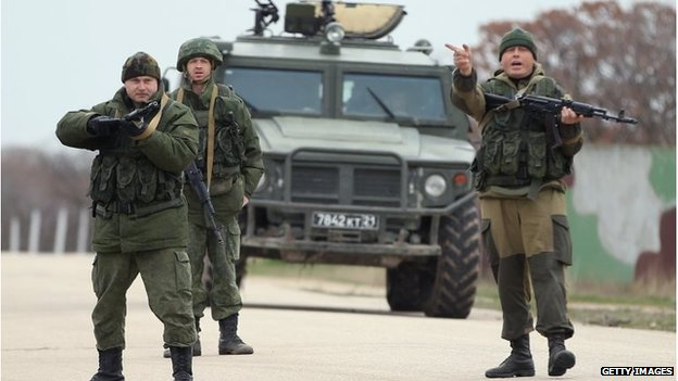 Pro-Russian troops at Belbek base in Ukraine (4 March 2014)