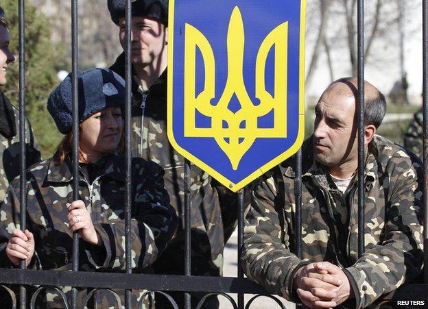 Besieged Ukrainian troops in Crimea