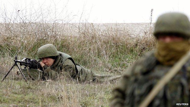Russian-led troops at Belbek, 4 Mar 14