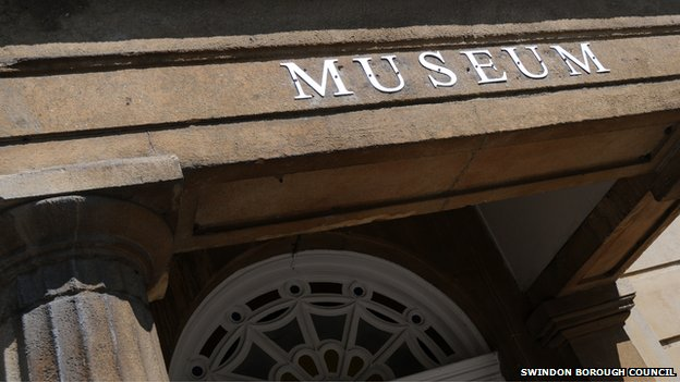 Swindon Museum and Art Gallery