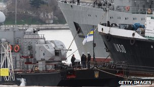 Sailors stand aboard the Ukrainian naval ships Ternipol (L) and Slavutych on 6 March 2014 in Sevastopol, Ukraine.
