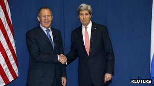 Russia's Foreign Minister Sergei Lavrov (L) and US Secretary of State John Kerry meet to discuss the Ukraine crisis in Rome March 6, 2014