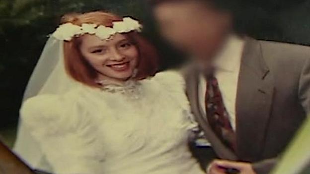 Shoshana wedding picture