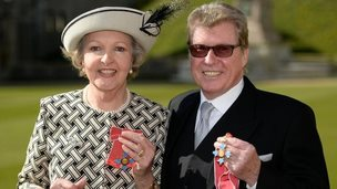 Dame Penelope Keith/Michael Crawford
