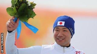 Akira Kano celebrates his victory