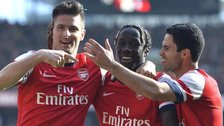 Arsenal celebrate against Everton