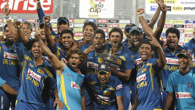 Sri Lanka celebrate wining the Asia Cup