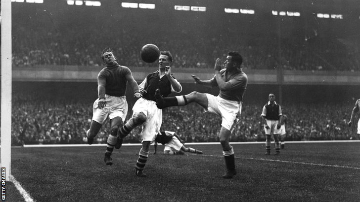 Everton's Dixie Dean in action