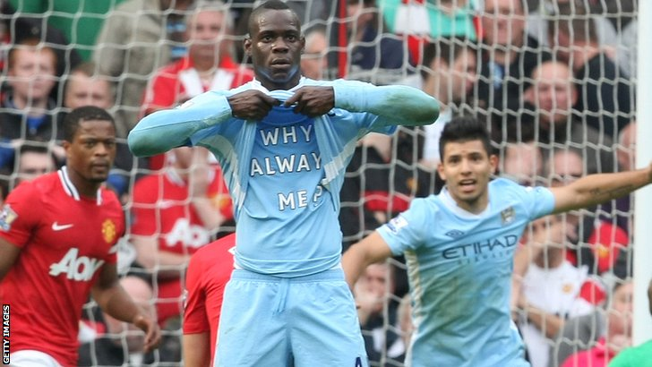 Mario Balotelli celebrates his goal against Manchester United