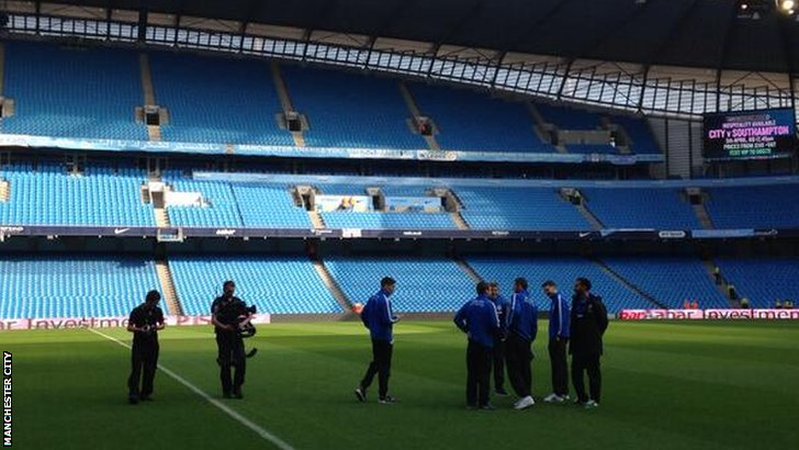 Wigan Athletic players check out their surroundings