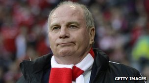 Uli Hoeness supporting Bayern