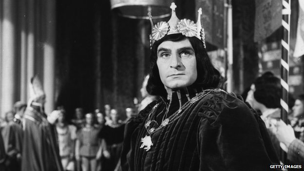 King Richard III played by Laurence Olivier