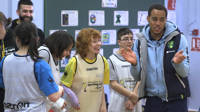 Norwich's Elliott Bennett visits The Sporting Light appeal