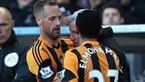 Alan Pardew headbutts David Meyler
