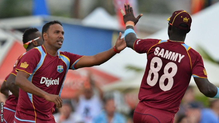 Samuel Badree and Darren Sammy