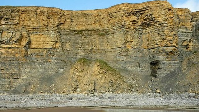 Cliffs at Cwm Nash, Wick