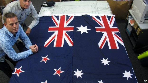 Australia 'to stick' with flag...