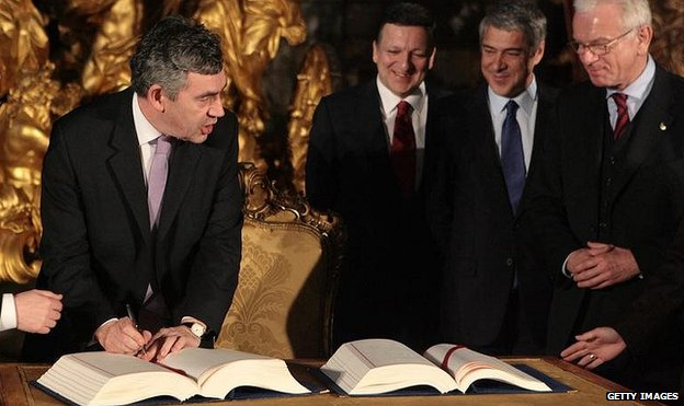 Gordon Brown signs the Lisbon Treaty in 2007