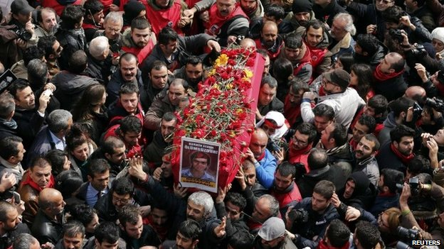 Mourners carry the coffin of Berkin Elvan during funeral ceremony in Istanbul