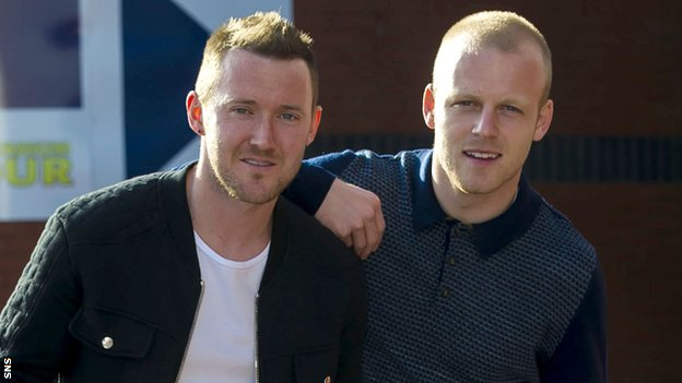 Steven Naismith (right) and Aiden McGeady