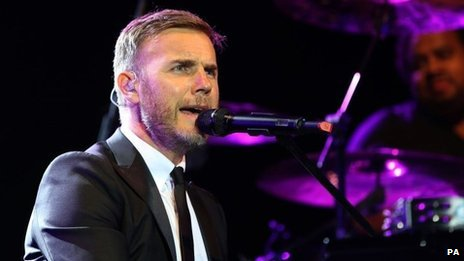 Gary Barlow stepped in at the last minute to perform at the switch-on