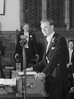Tony Benn addressing the Oxford Union in 1948