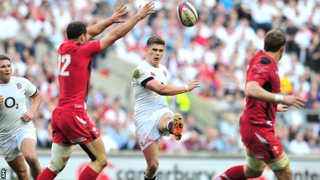 England fly-half Owen Farrell kicks against Wales