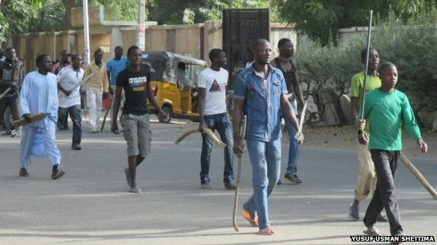 Self-defence groups in Maiduguri (14/03/14)