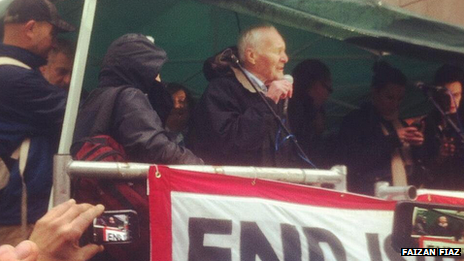 Tony Benn on 24 November 2012 outside the Israeli embassy in London.