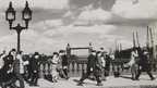 Henry Turner, A windy evening on London Bridge, 1937 (photograph)