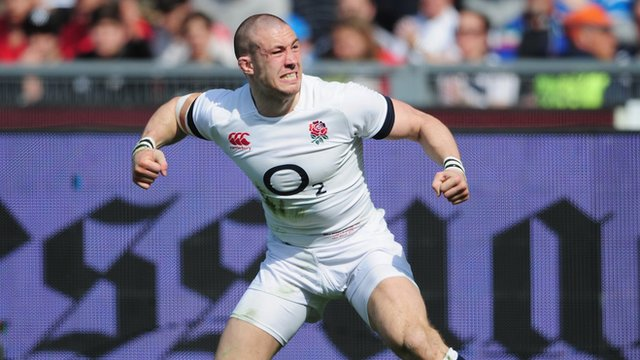 Mike Brown scores for England in Rome