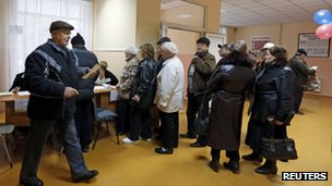 Voters in Crimea (16 March 2014)