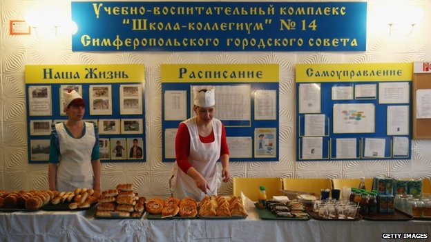 Serving for at a Crimean polling station, 16 March 2014