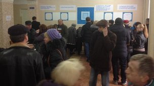 Voters in Simferopol (16 March 2014)