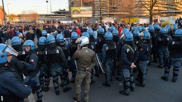 AC Milan fans protest