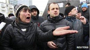 Pro-Russian crowds in Donetsk