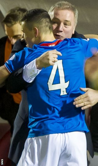 Fraser Aird celebrates with Ally McCoist