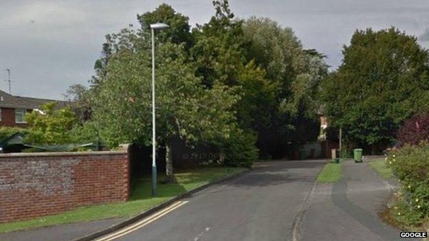 Merestones Road, Cheltenham