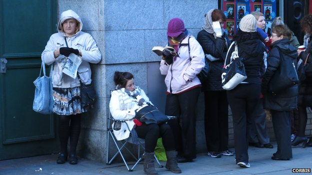 Garth Brooks fans queuing for tickets in Dublin