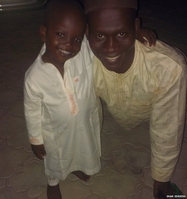 Ihas Idriess with his son