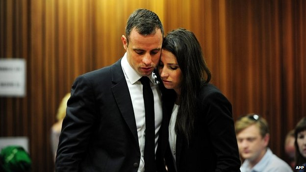 Oscar Pistorius with his sister Aimee on day 13 in the Pretoria courtroom