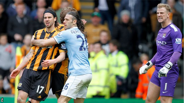 George Boyd, Joe Hart spitting