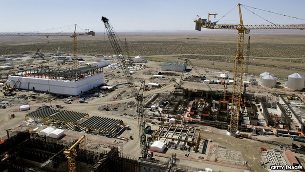 Construction work continues on the new Waste Treatment Plant on the Hanford Nuclear Reservation near Richland, Washington 30 June 2005