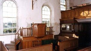 Interior of Llwynrhydowen chapel
