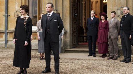 Elizabeth McGovern and Downton Abbey cast