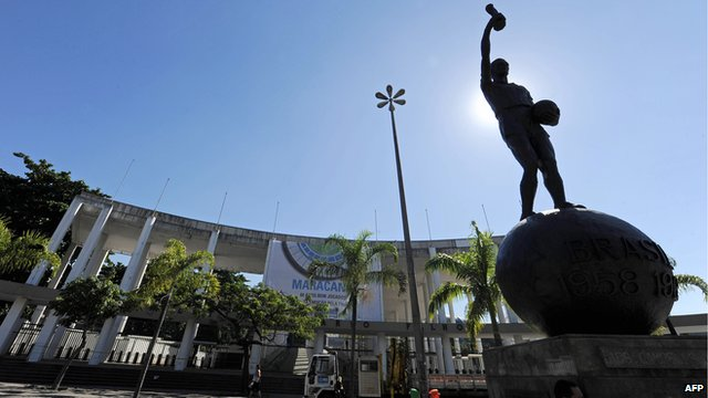 View of the statue depicting Brazilian footballer Bellini outside the Maracana stadium, in Rio de Janeiro, on June 16, 2010.