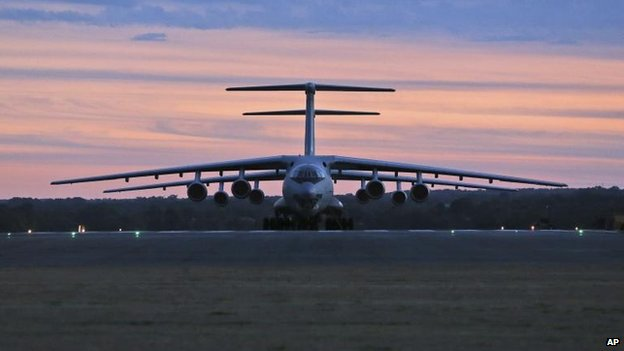 Two Chinese Ilyushin IL-76s arrive at RAAF Pearce in Perth to join the search, 22 March